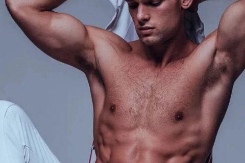 男模Elliott Reeder,好久没有这么惊艳的新人了!