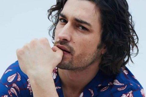 土耳其男星Alp Navruz 登上男士版Vogue封面!我可以!