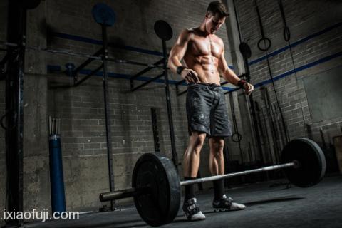 9个健身动作训练肌肉示意图